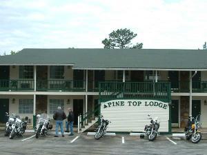 Pine Top Lodge