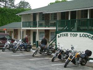 original1.Pine Top Lodge 2